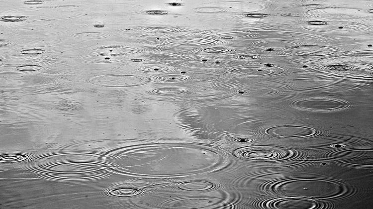 Die Plätze beim TC an der Sieg leiden momentan unter viel Regen.